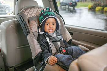 How to help your toddler learn to love his car seat