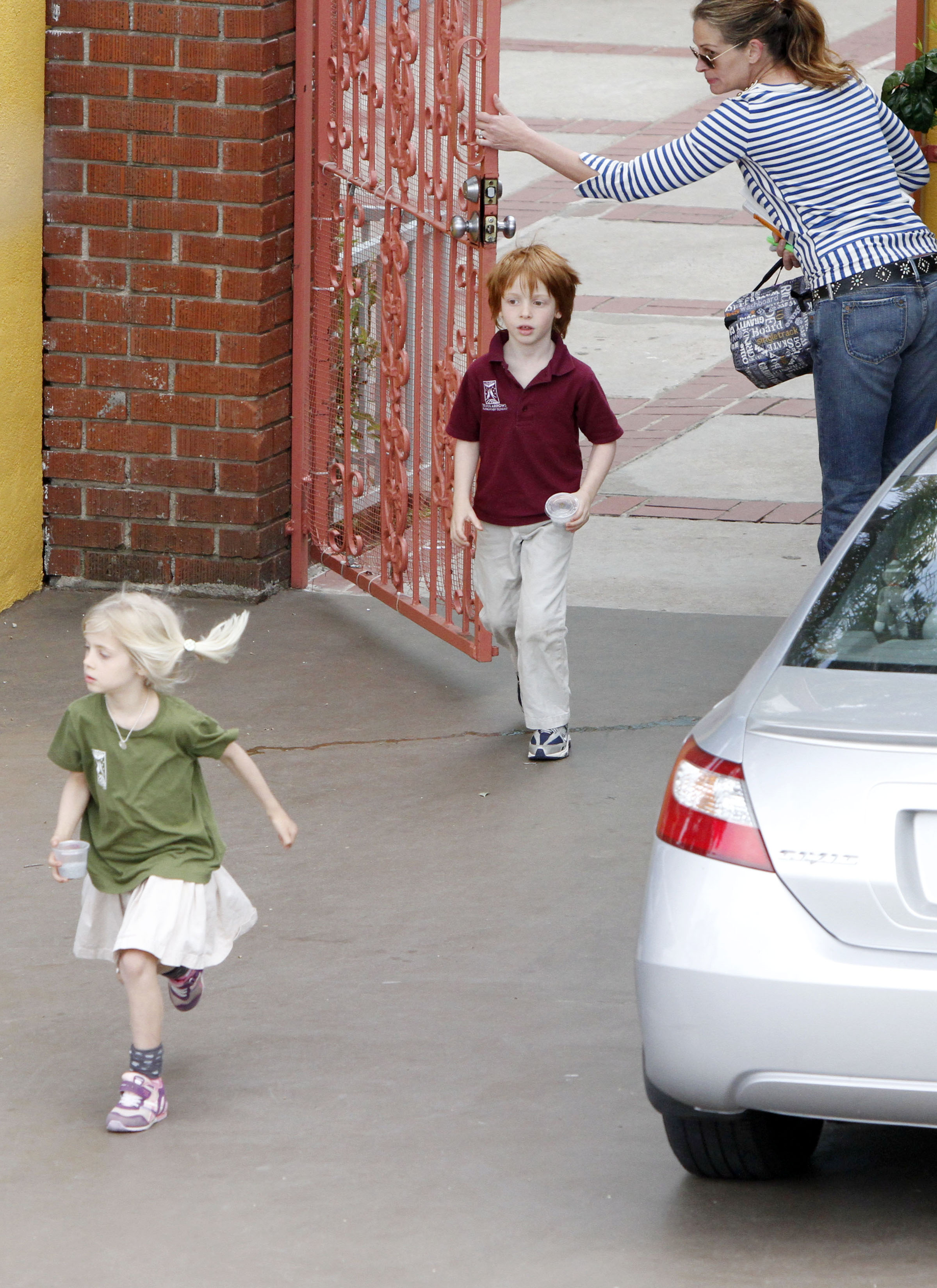 Julia Roberts out and about with twins!