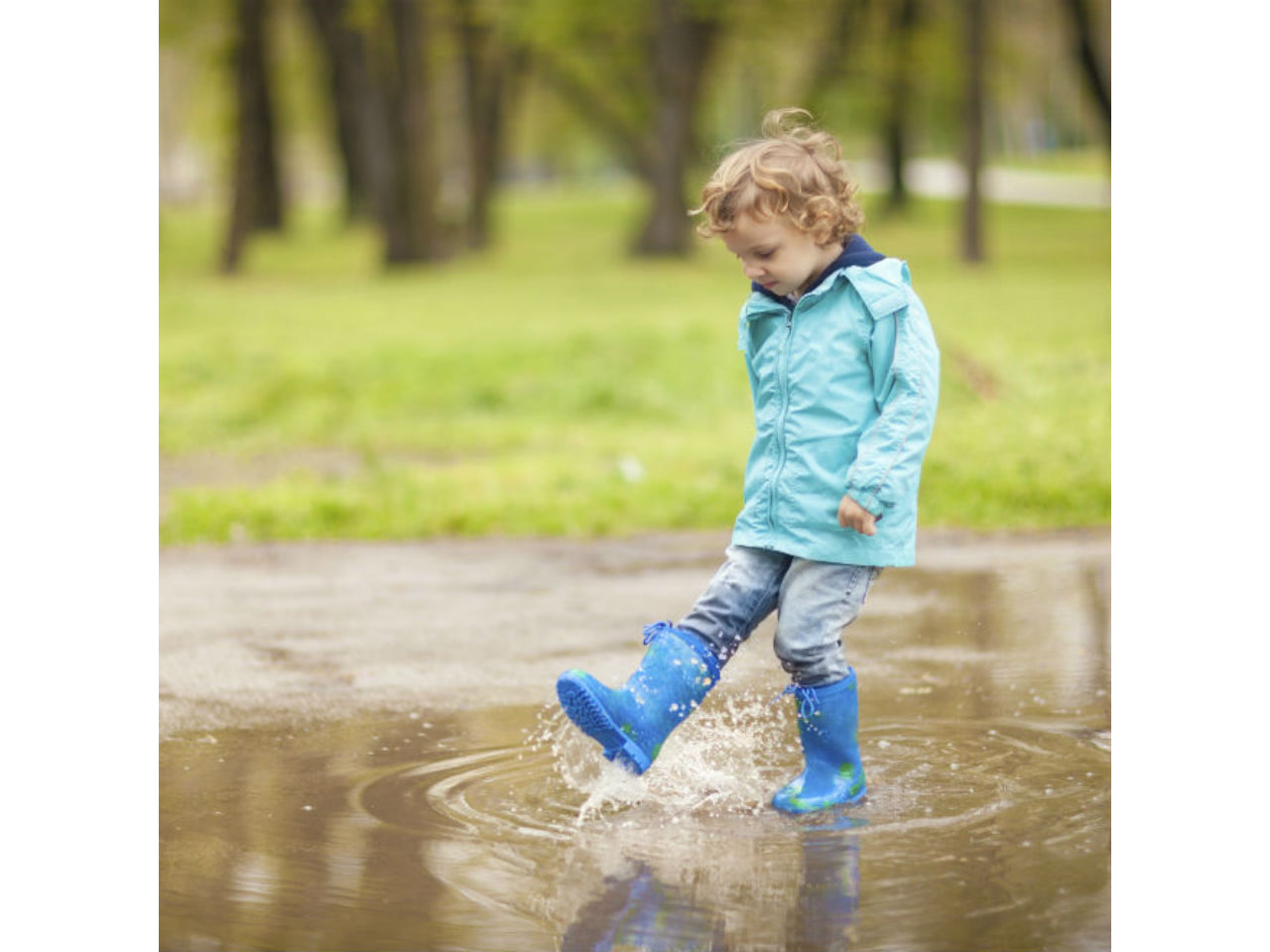 Why Toddlers Needs Lessons About >> What toddlers learn from water play - Today's Parent