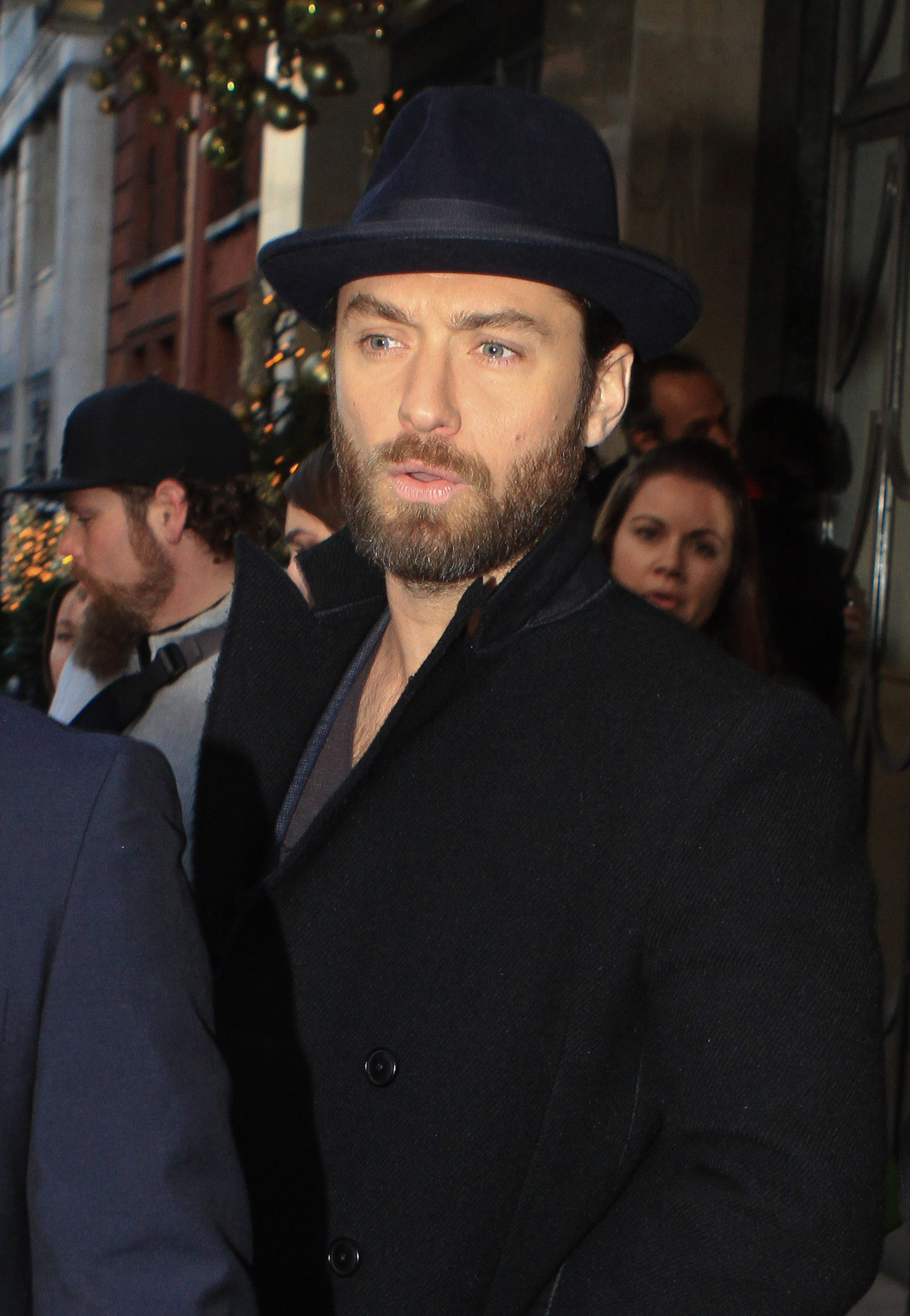What To Do With Old Car Seats >> Yea or nay: Jude Law's new beard - Today's Parent