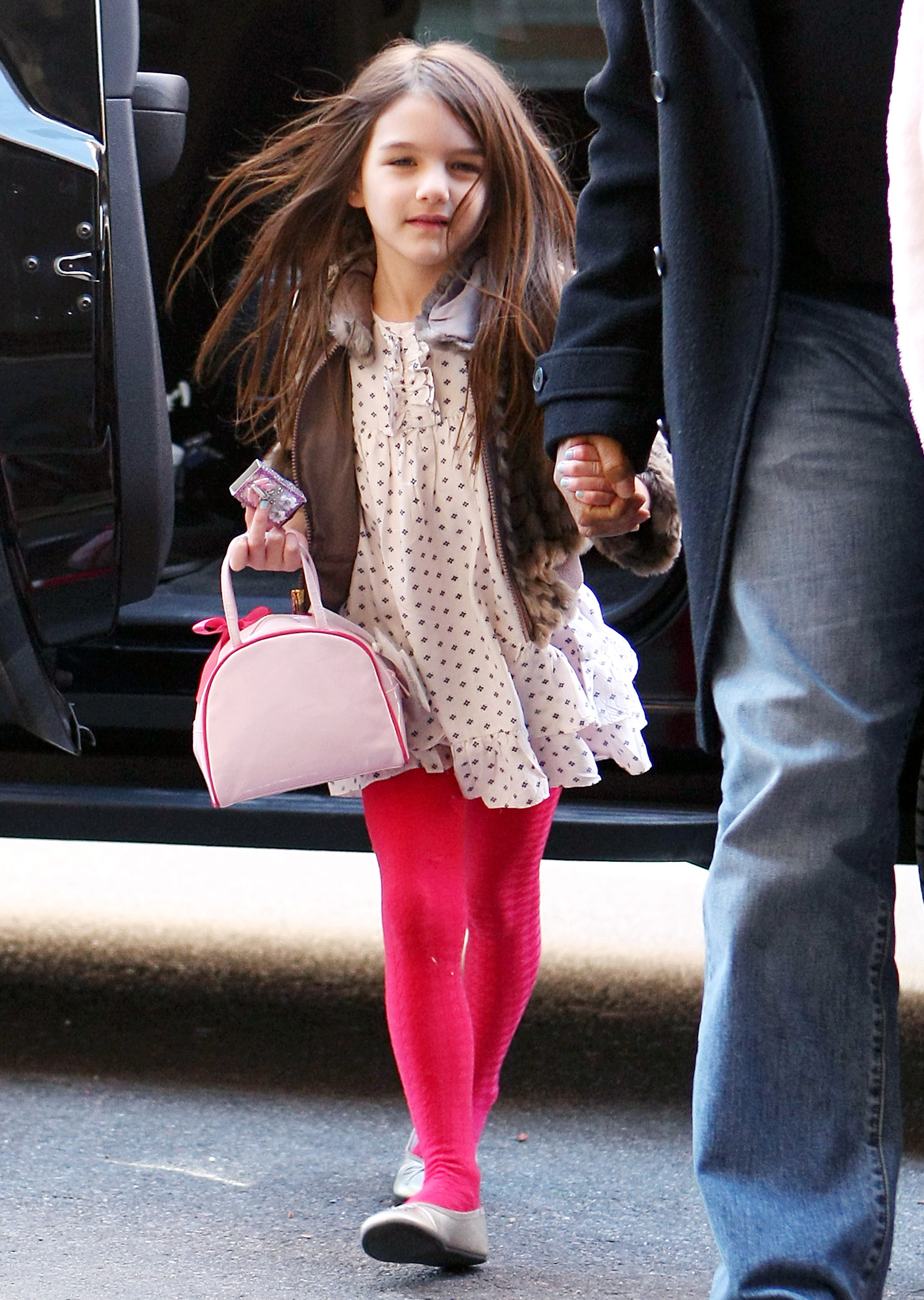 The Kid S Got Style Suri Cruise In Bright Red Tights