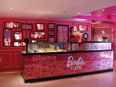 The World S First Barbie Themed Restaurant Today S Parent