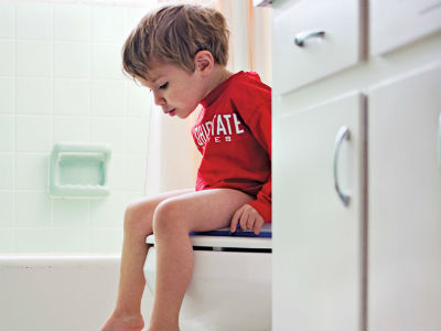 How to teach your kid proper bathroom habits