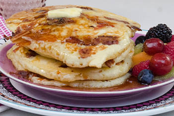 how to make bacon covered pancakes