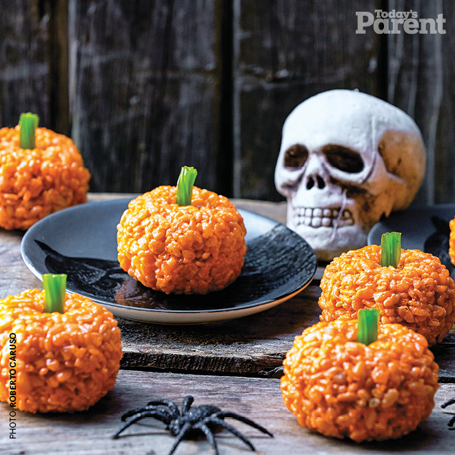 Puffed-Rice Pumpkins