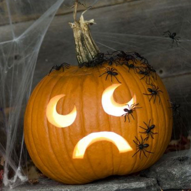 10 ways halloween has changed since we were kids today 39 s for Easy fun pumpkin carving idea