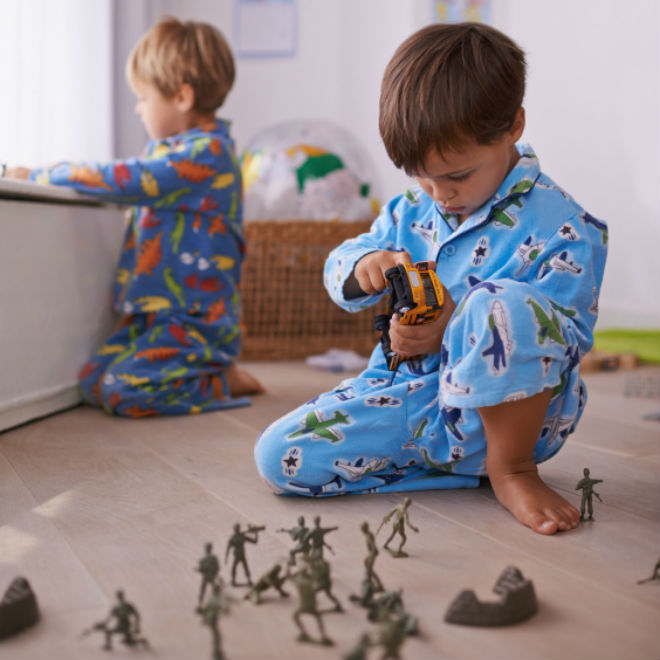 Boys Sharing Toys : How to get your kid share an age by guide today