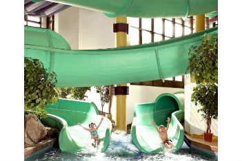3 family-friendly water parks in Calgary