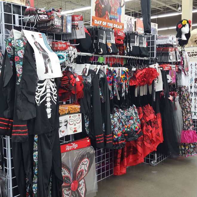 7 awesome Halloween costume shops across Canada - Today's Parent