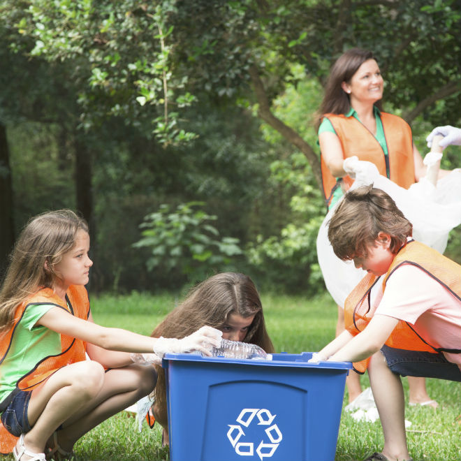 How to clean up a park for Earth Day - Today's Parent, Our Planet is on Fire, ShoptheKei.com