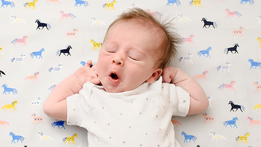 917658138bb Your baby  2 weeks old - Today s Parent