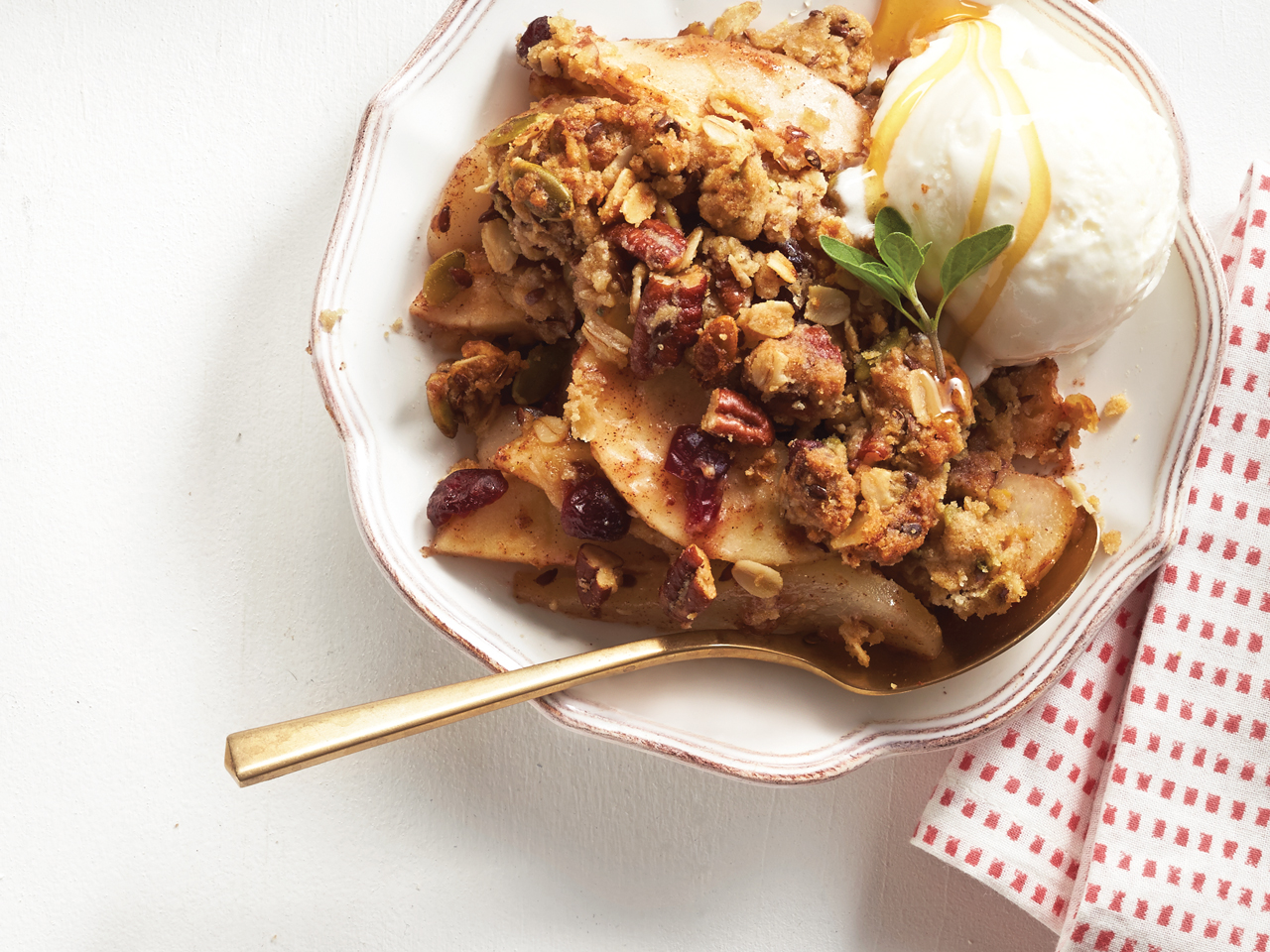 Apple and Pear Superfood Crumble
