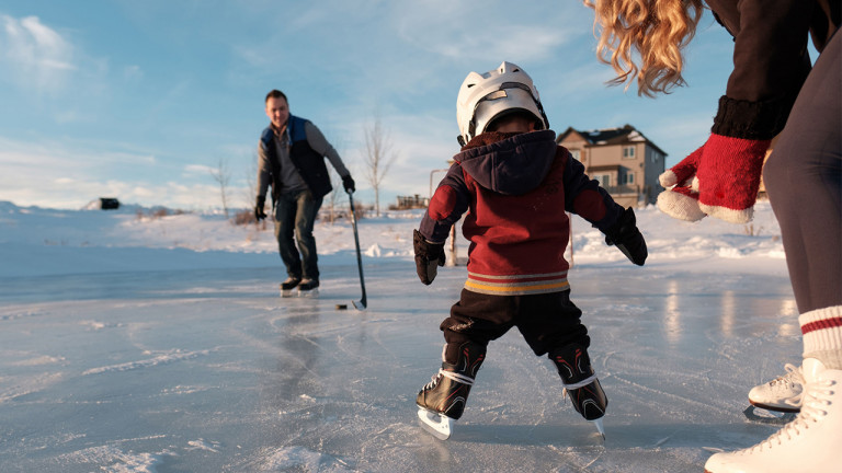 What to know when teaching your toddler to ice skate