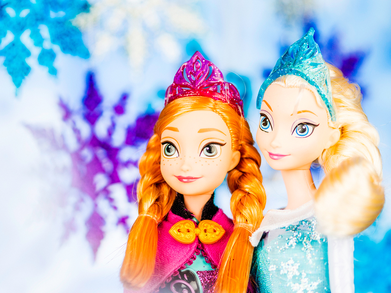 Dolls of characters from Disney's Frozen