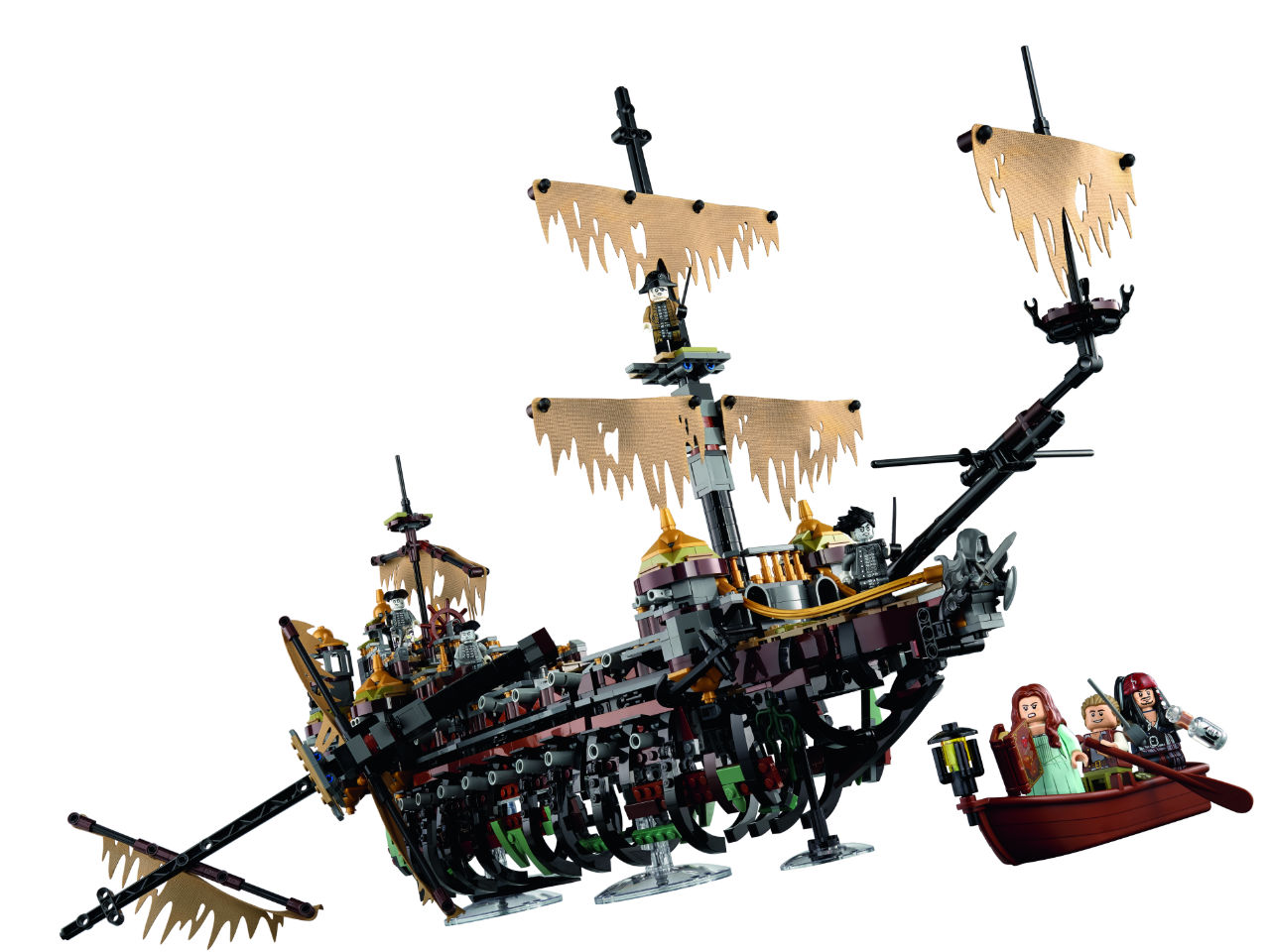 Lego Pirates of the Caribbean Silent Mary in attack mode