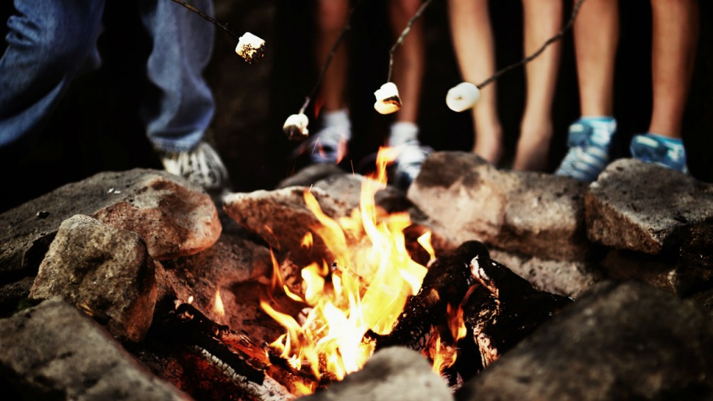 8 Campfire Songs Your Kids Will Love