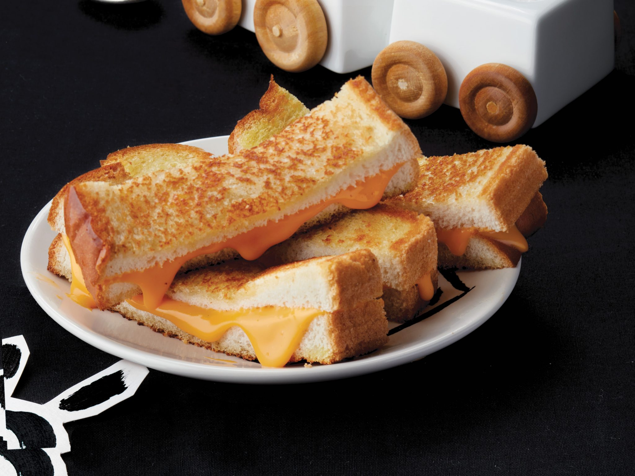 Grilled Cheese Soldiers