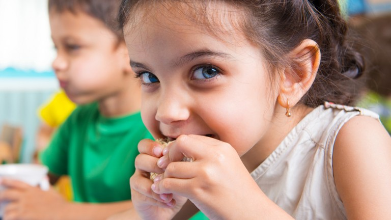 10 healthiest granola bars for kids