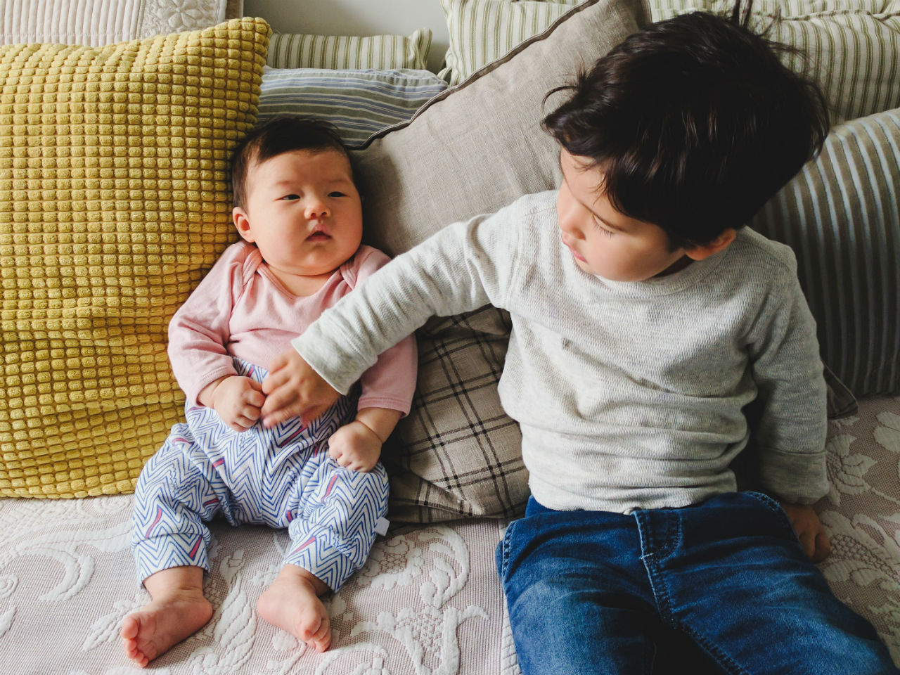 what causes gas in babies and what you can do to help