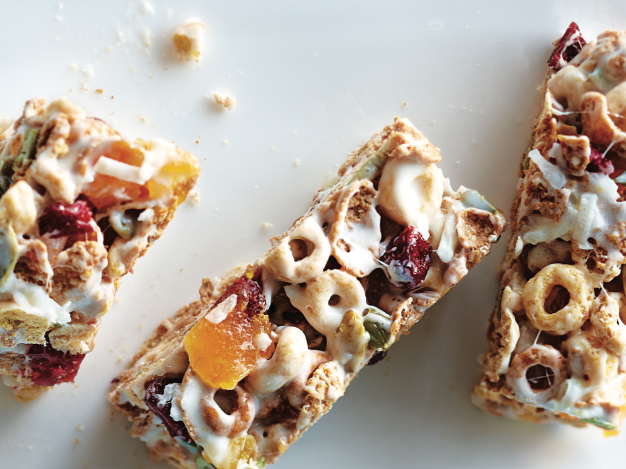 Fruit and Cereal Snack Bars