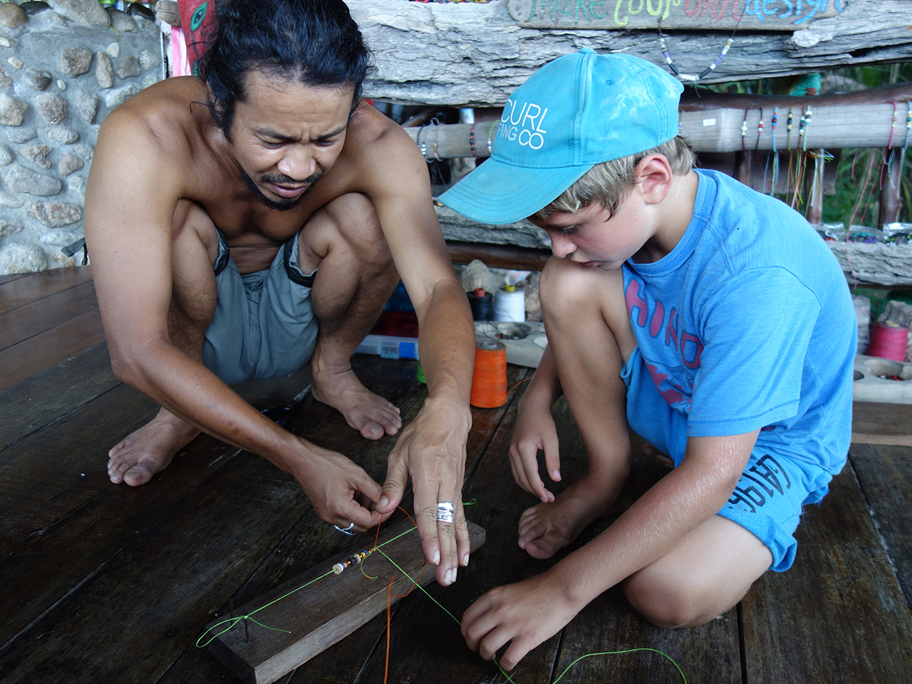 jewelry making in Thailand