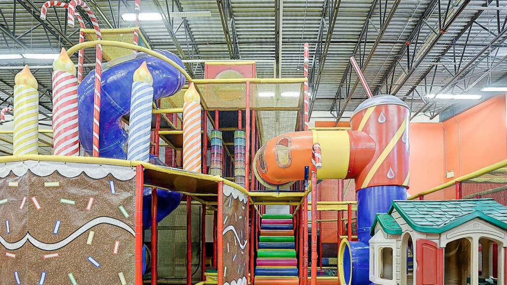 Play structure inside Candyland indoor playground