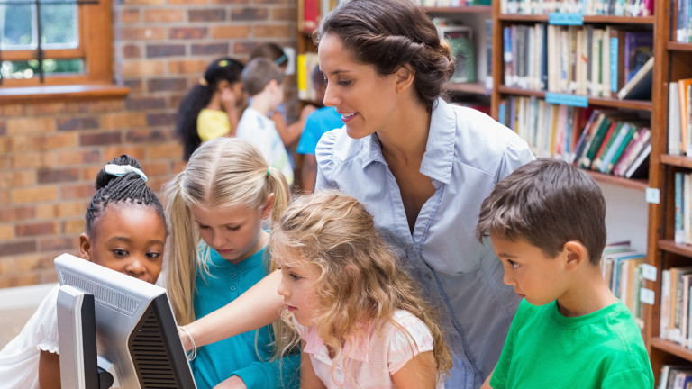 10 reasons librarians are more important than ever