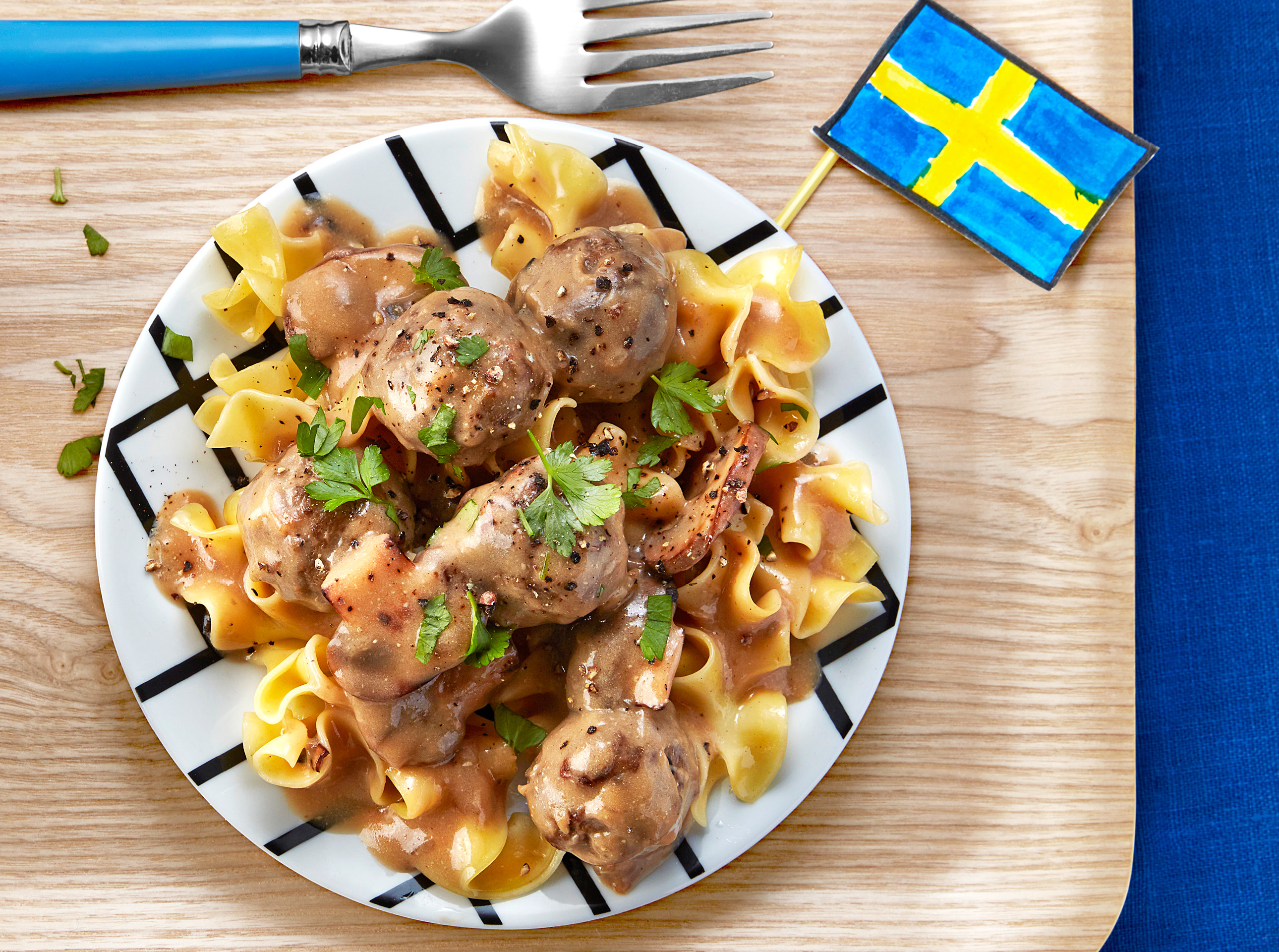 Swedish Meatballs And Egg Noodles