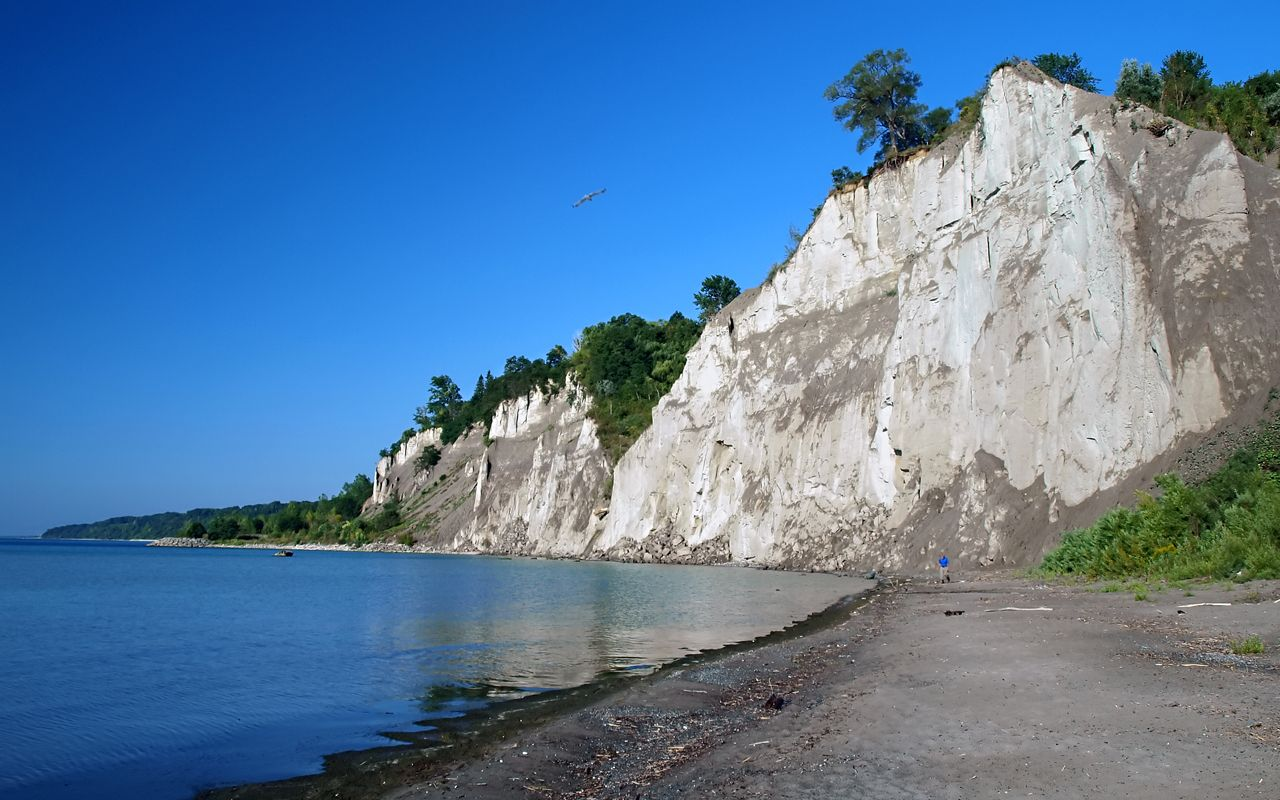The bluffs at Bluffer's Park