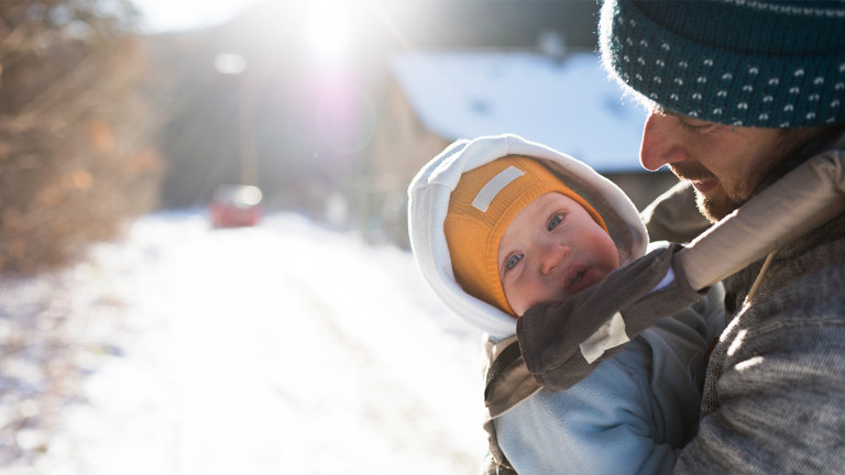 10 amazing products for babywearing through a Canadian winter