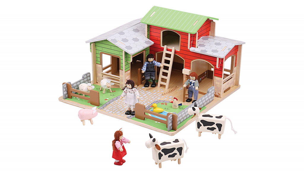 Toy farm with a barn and animals