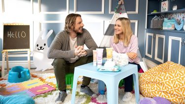 Hello Bello founders Kristen Bell and Dax Shepard